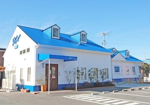 昔ながらの喫茶店の味、憩いの場をお客様へお届けする植田のレストランです。接客の知識を学べる職場です。