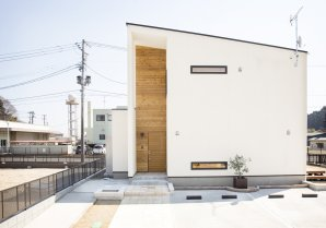 【R+houseいわき】 アトリエ建築家と創る高性能住宅を手の届く価格で